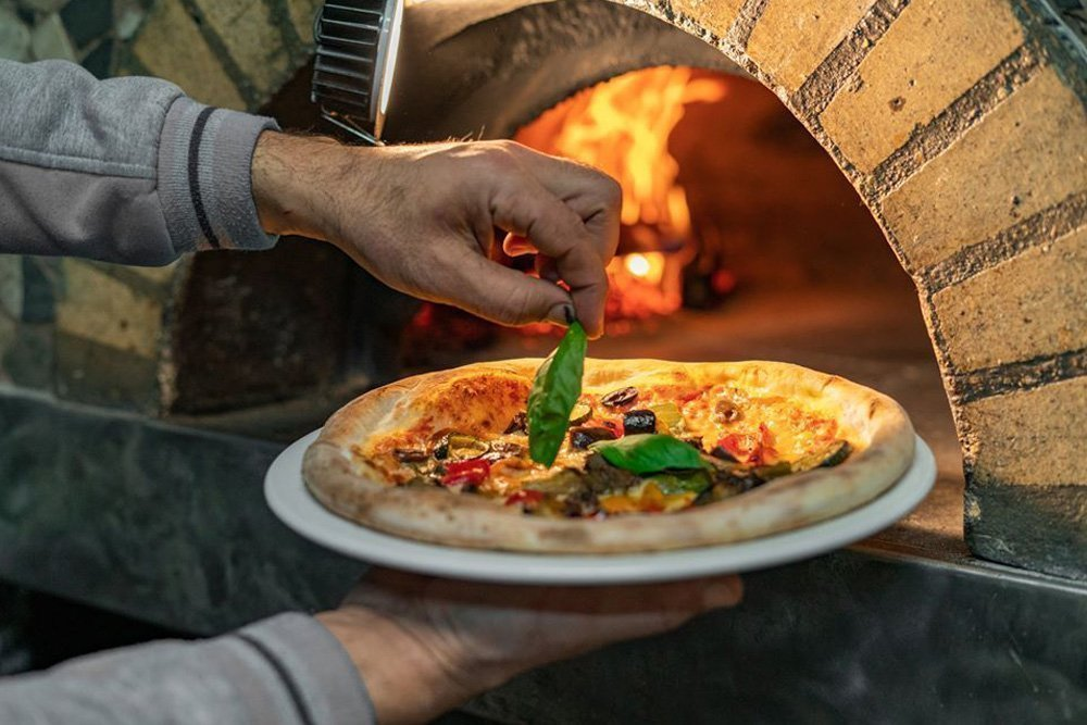 LAQ Restaurant & Woodfire Pizza melbourn